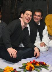 Miliband and Rahul Gandhi on their rural tour