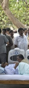Karunanidhi fasting over Sri Lanka last month - an AP pic
