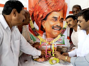 Mourners pay respects to YSR (AFP picture)