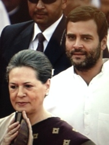 Sonia and Rahul arrive for Narendra Modi's swearing in - Rediff photo