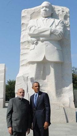 IndiaTv8a6a87_obama_modi_martin