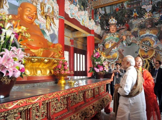 Narendra Modi visiting the Daxingshan Temple, in Xi'an