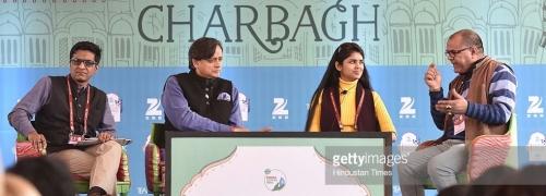 Anustup Nayak (L), Shashi Tharoor (2L), Sanchaita Gajapati Raju (2R),  story writer, novelist Desraj Kali (R) - Getty Images