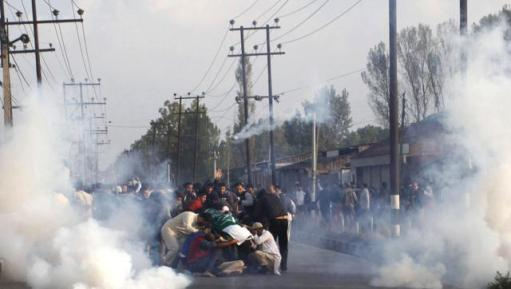 security-forces-fired-tear-gas-shells-on-the-funeral-procession-waseem-andrabiht-photo
