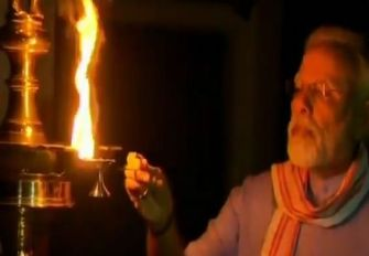 PM-Modi-lighting-diya